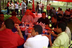 Primera Misa de Acción de Gracias de P. Juan Luis, cs