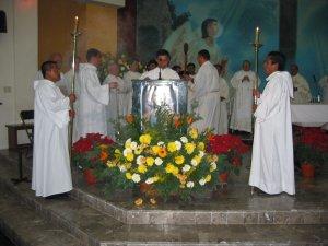 El Diácono Miguel Ángel Ramírez Lepe proclamó el Evangelio.