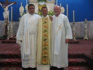 El Señor se sirvió del Padre Román para promover la vocación del Padre Alejandro y del Padre Lino.