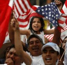... muchos migrantes esperan a quien les ayude a vivir su fe y a defender sus derechos.