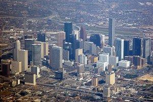 El Padre Humberto se irá de Misionero a Houston, Texas, donde, en medio de la riqueza y la opulencia,...