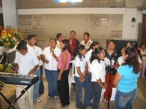El Coro Juvenil de Huatusco  animó  la Santa Misa.