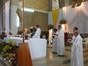 La Santa Misa prosiguió según el rito normal.