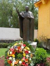 Beato Juan Bautista Scalabrini, bendice al Padre Manuel y a todos los Migrantes del mundo.