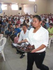 PROCESIÓN DE OFRENDAS.<br /> Mochila y Guaraches.
