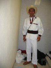 Presentación de los personajes de la Coreografía.<br /> Jonathan, campesino mexicano.