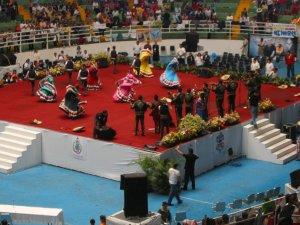La Fiesta Misionera terminó con la presentación de unos bailables típicos de Jalisco.