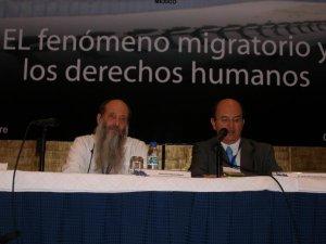 P. Flor y el Dr. Javier Moctezuma Barragan, secretario ejecutivo de la CNDH