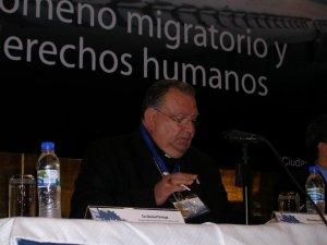 """Mons. Renato Ascencio, Obispo de Cd. Juárez y Presidente de la Comision de Mobilidad Humana de la CEM, recibien nombrado miembro del Consejo Pontificio para la Pastoral de Migrantes e itinerantes en Vaticano, hablo sobre """"el papel de la Iglesia en la asis"""