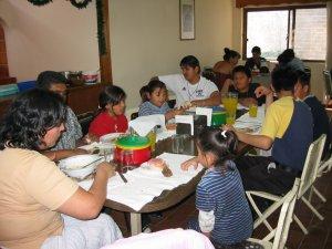Compartimos la última comida con los Familiares de unos de nuestros compañeros.
