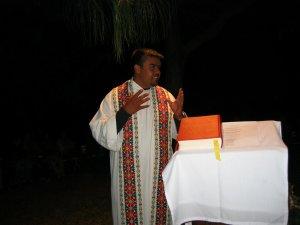 El Padre Ernesto nos conscientizó sobre los problemas que enfrentan  nuestros hermanos Migrantes y Refugiados.