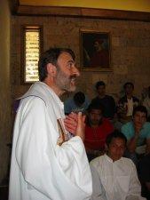 Padre Mauricio.