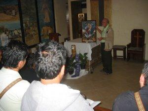 Junto con la Virgen María rezamos para que los migrantes sean bendecidos a lo largo de su travesía