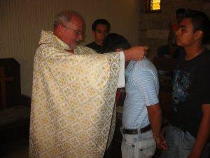 Los jóvenes han decidido cargar con la Cruz de Cristo y ver su rostro vivo en el de los migrantes que clama por muchachos valientes y decididos a actuar atendiendo al llamado que Él les hace.