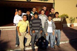 Grupo de Jóvenes Sin Fronteras que buscan discernir su Vida Vocacional