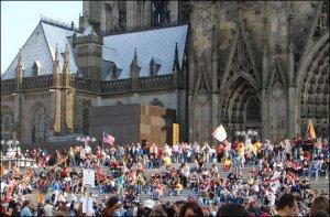 De todo el mundo han llegado jóvenes a Colonia