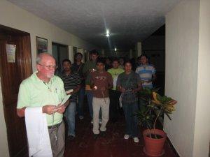Caminando y resando el santo Rosario
