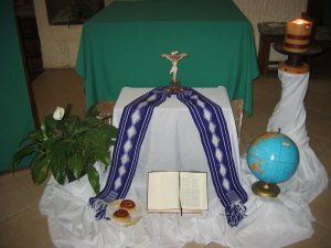 A los pies del altar quedaron nuestros compromisos, que vamos a cumplir en esta Cuaresma.