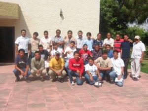 Jóvenes Sin Fronteras y unos Seminaristas, reunidos para pasar un fin de semana diferente.