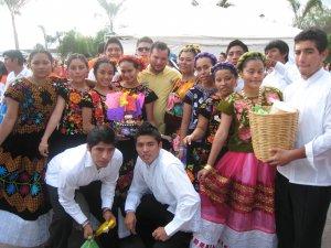 P. Fernando compartió la alegría de este evento y su espíritu
