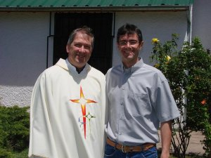 P. Sante y el diácono Marcio, que será ordenado en enero, en Brasil.