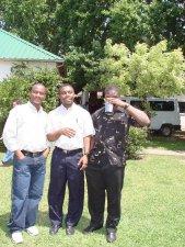 Douze, Gerson y Monel, de Haití