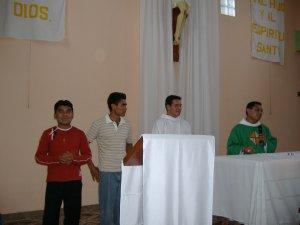 Jacinto, José y Efrén, los seminaristas que estuvieron en la comunidad del Ejido La Piña.
