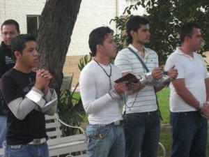 """Digo San Agustín """"cuando se canta a Dios, se ora dos veces"""""""