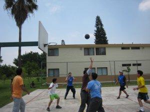 También el basquet fue parte de los momentos de deporte.
