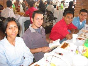 Jóvenes sin Fronteras...