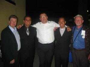 Los Padres Alejandro y Lino con sus primeros Padre Formadores: Padres Adilso, Miguel y Román.
