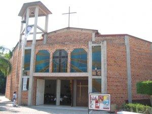 El Solemne Rito de Ordenación Sacerdotal se llevó a cabo en la Parroquia de Santa María de la Cruz, Colonia Francisco Sarabia, Zapopan, Jal.