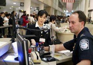 El trabajador podrá regresar sólo cuando el servicio de inmigración la apruebe la nueva visa.