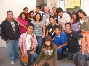 Jóvenes de la Parroquia de San Rodrigo Aguilar, Col. Parques de Santa Cruz del Valle, Tlaquepaque, Jal.