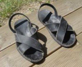 """""""No se llega a Dios con los zapatos limpios"""". (Beato juan Bautista Scalabrini)"""