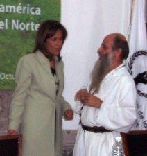 La Lic. Zavala, como amiga de P. Flor, tuvo palabras particulares para manifestarle su aprecio y su solidaridad.