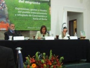 Los tres participantes dieron muestras de su continua búsqueda de la defensa de los Derechos de los Migrantes ante los atropellos y las dificultades que sufren