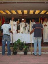 Jesús el Resucitado presente en este encuentro motivando a los jóvenes a dar una respuesta generosa a su llamado
