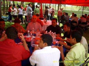 La presencia de los padres seminaristas de Guadalajara, jalisco hicieron un ambiente favorable.