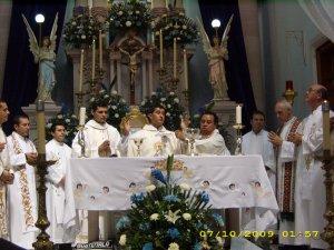 La Eucaristía momento de Dios y del pueblo de Dios.