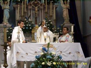 P. Juan Luis daba gracias a Dios.