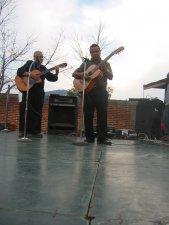 Grupos musicales  y de baile amenizaron la Fiesta.