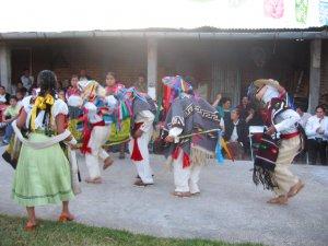Y no podía faltar el típico baile michoacano...