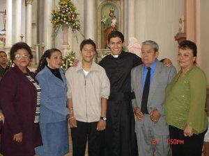 Jose Manuel con sus Familiares.