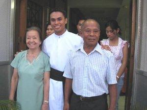 Jonathan Jasareno, Filipino, destinado a Roma