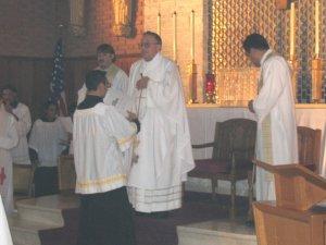 La ceremonia fue presidida por el Padre Antonio Tapparello, nuestro Superior Provincial, y contó con la presencia de varios sacerdotes scalabrinianos, los seminaristas de la Casa de Teología, y la participación de la comunidad.