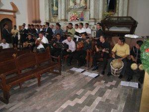 La comunidad de Filosofía del D.F. con su Schola Cantorum fue quien animó la eucaristia con los cantos