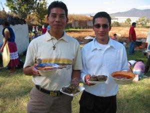 Toño y Juan Manuel: Seminaristas hambrientos.