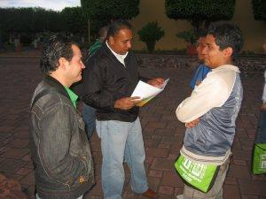 El P. Javier uno de los responsables de la pastoral Vocacional de la Diócesis de Zamora, Mich.