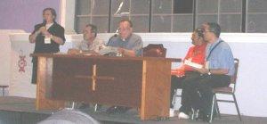 Los orgnizadores del taller: La scalabriniana Hna Sonia, P. Gerardo (anfitrion), Mons. Renato, P. Fernando y P. Esteban